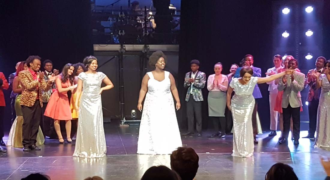 """All You Have To Do Is Dream"" - Dreamgirls Review"